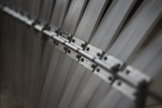 Axe acier et lames polycarbonates