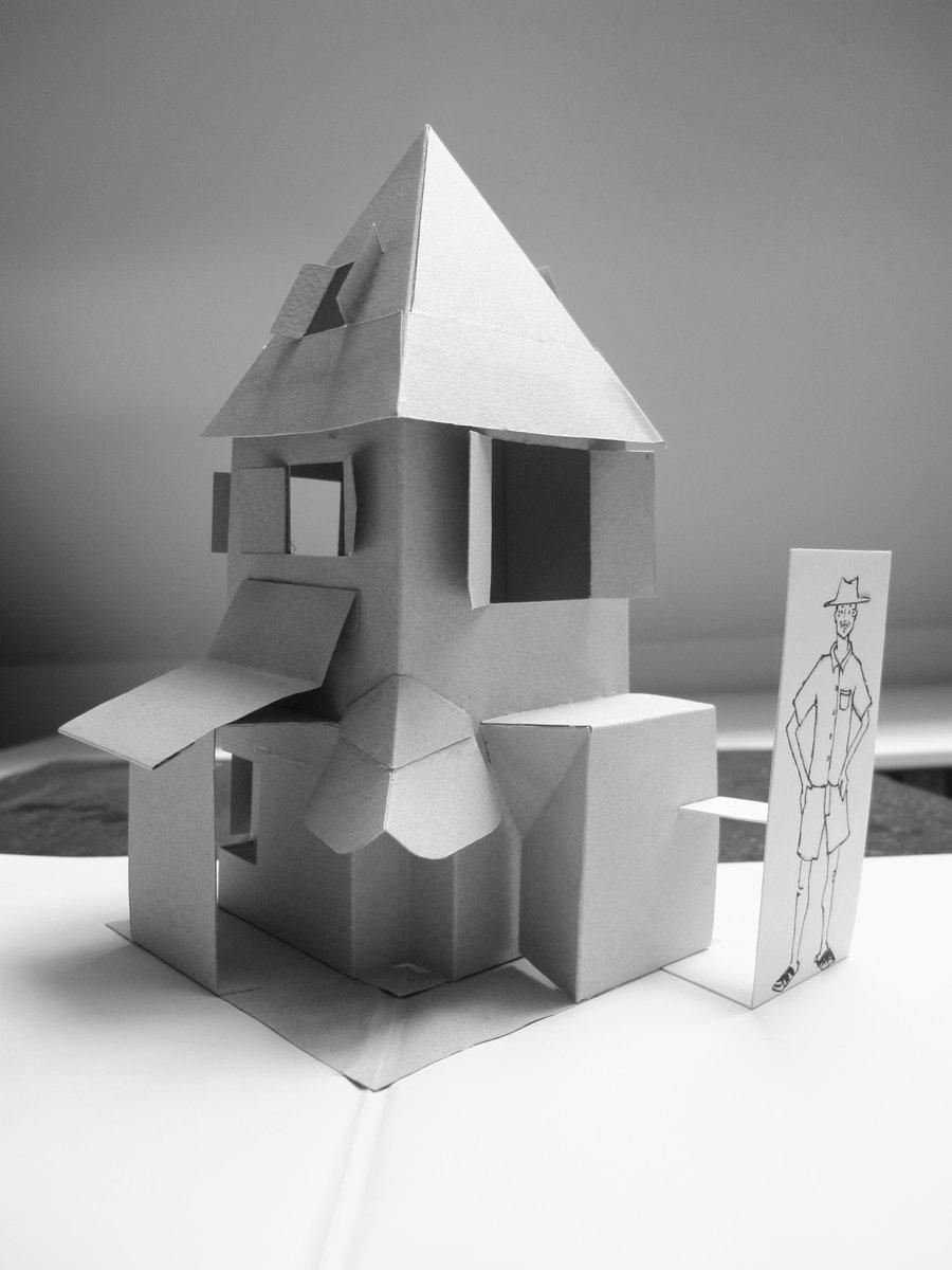 maison de papier monochrome