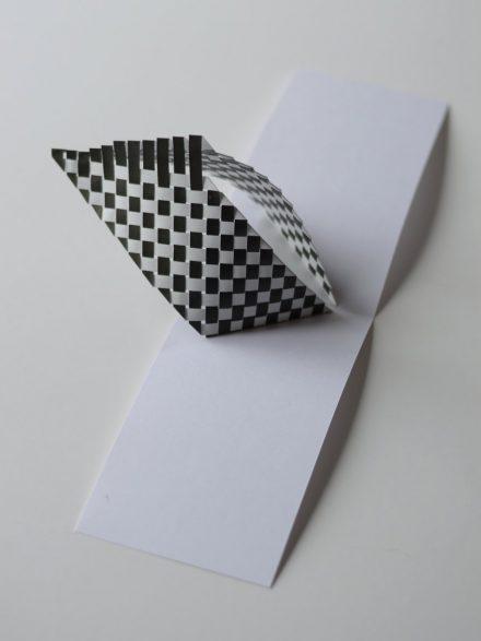 popup graphique noir et blanc