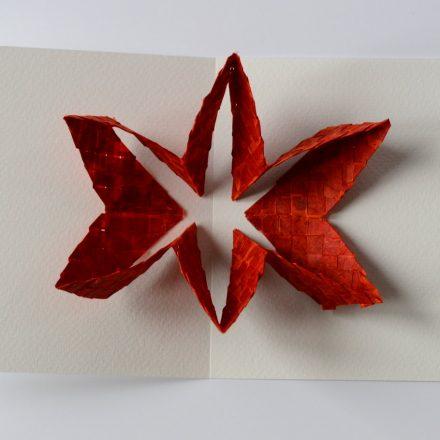 fleur de papier sur carte popup