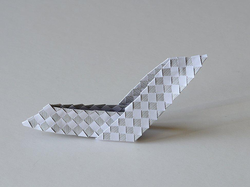 tissage de papier blanc et gris