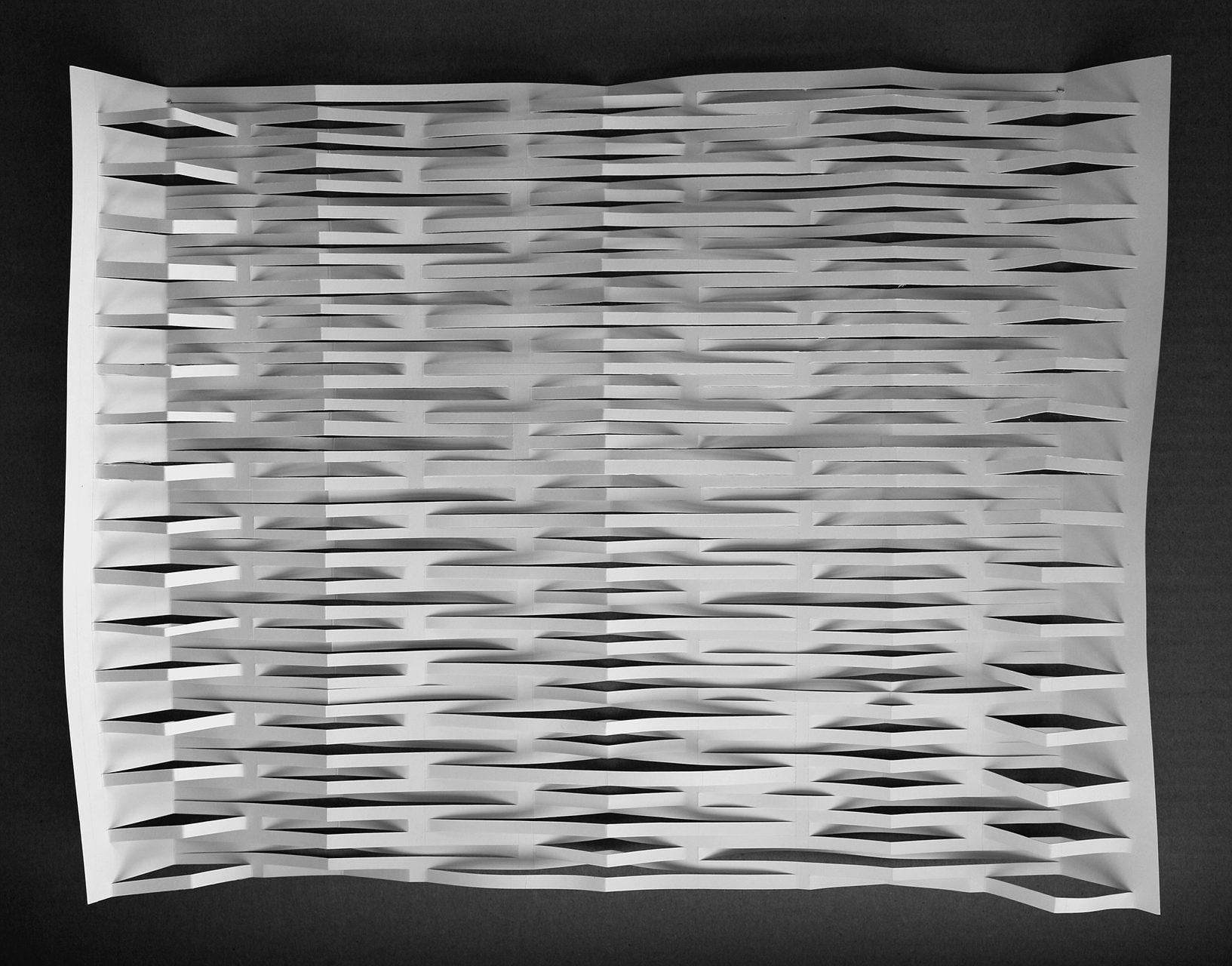 papier découpé en lignes régulières