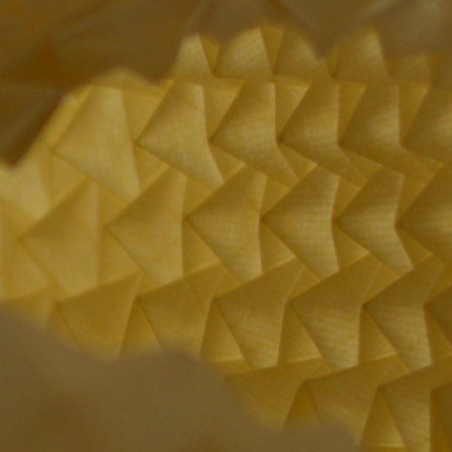 détail plis répétitifs